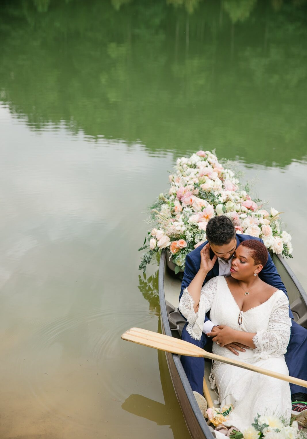 Red River Gorge Elopement styled Floral Canoe with Gorgeous Black Couple